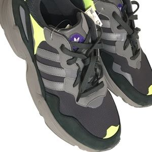 Adidas Mens Yung One 96 size 12.5 shoes New